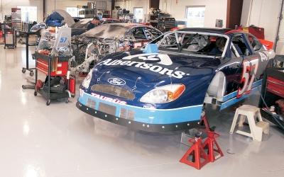 Racing Race Shops Sample 01